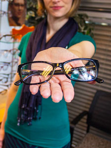 optical lab for glasses in long beach